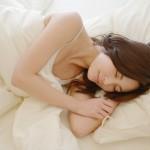 睡眠は記憶定着だけでなく心も癒す?!